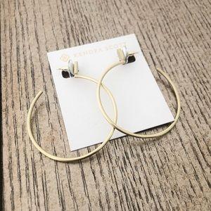 NWT ! Kendra Scott Hoop Earrings